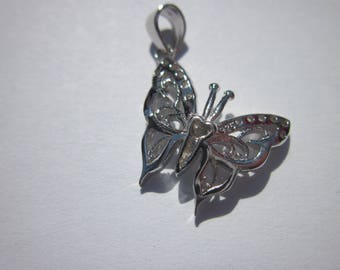 "Pendant in ""925"" butterfly and rhinestones - 19 mm - (35)."