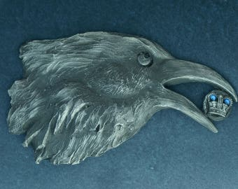 "Raven belt buckle. "" RavenSaint"" with chain"