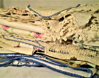 ANTIQUE LINENS LOT Huge--50 Pcs Vintage Doilies Runners Embroidery Crochet Lace Napkins Doily For Shabby Cottage Decor Craft Quilts Sewing