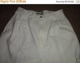 50% OFF Size 12 Vintage high waist pants 30 inch waist 28 inch inseam