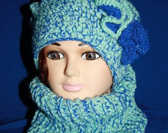 Heather blue and blue beret and closed collar set sparkly