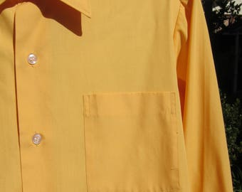 """Vintage 60s-70s Men's French Cuff Shirt, Sears. Small: 15"""" Neck 32"""" Chest. Deep Yellow With Front Pocket. Great Condition"""