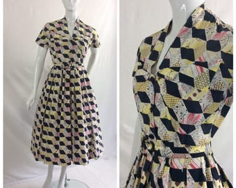 1950s Cotton Day Dress, Shirtwaister, Novelty Print , Summer UK size 8-10, US size 6-8.