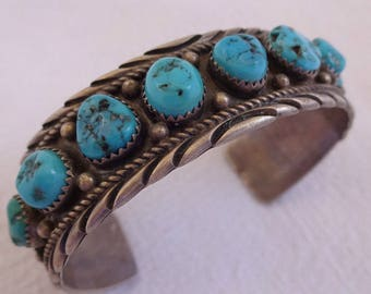 Signed Vintage NAVAJO Sterling Silver & TURQUOISE Single Row Cuff BRACELET