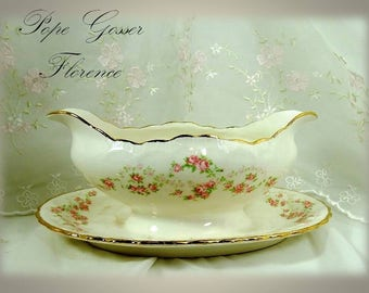 Vintage 1920s Pope Gosser (Scalloped Edge) Gravy Boat with Attached Underplate in Florence Pattern 3025 // Rare