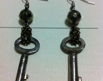 Steampunk skeleton key and fool's gold - key antique Victorian pyrite earrings