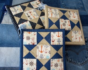 Quilt Square Potholder Pair- Happy Home Nautical / Coastal