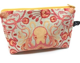 Octopus pouch