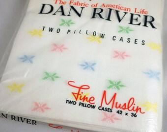 vintage fine muslin pastel starburst dan river pillowcases 1960s nip pair