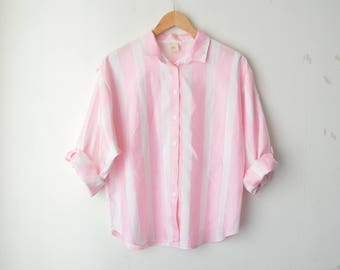 pink and white striped button down minimal shirt 90s // M-L