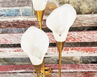 Vintage Brass Calla Lilly Lamp
