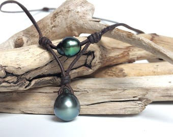 Tahitian pearls on leather necklace, unisex necklace, surfer style