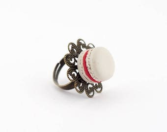 French macaron ring - raspberry macaron miniature - adjustable ring - polymer clay macaron ring - food jewelry - valentines gift idea