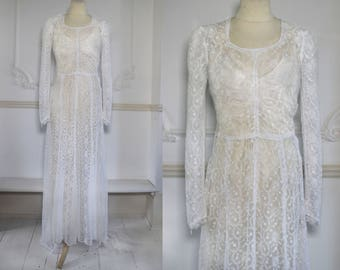 Late 1930s Fine Lace, Long Sleeved Wedding Dress