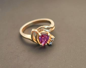 "14K Yellow Gold ""Swirl Pink Sapphire & Diamond Ring"", Natural Pink Pear Sapphire 0.65 Ct, 0.04 Carat Diamonds"