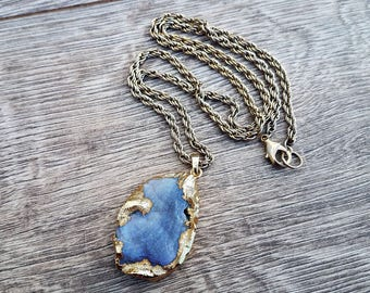 Fabulous Encroachment- 18k Gold Electroplated Abstract Druzy Agate Pendant Necklace