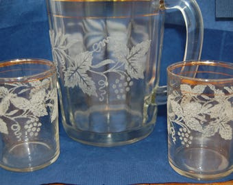Vintage Juice Pitcher, Juice Glasses, Bartlett Collins, Frosted Grape, Gold Band, Retro Kitchen, Collectible Glass