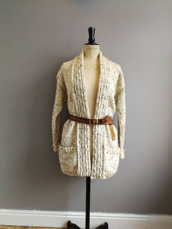 Vintage hand knitted cardigan / natural wool oversized cardigan / cream hand knitted cardigan / fishermans cardigan / chunky wool cardigan