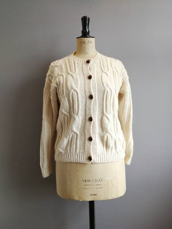Cream cable cardigan / hand knitted cream cardigan with brown buttons /women's vintage fisherman's cream cardigan / boho hand knit size 10