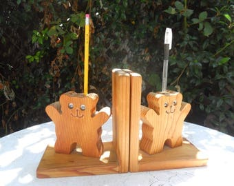 Wood Bookends With Teddy Bear and Pen and Pencil Holder