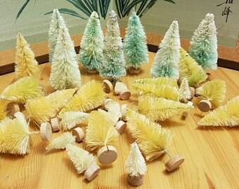 Mini sisal brush trees, DIY Christmas
