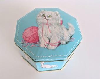 Persian Cat Tin Vintage England Blue