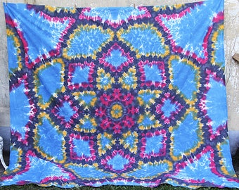 Huge King Size tie dye sheet, tapestry, solar panel, curtain, tablecloth, bedspread