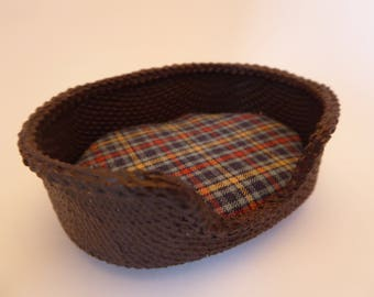 "Miniature ""Wicker"" dog basket in 1/12th scale"