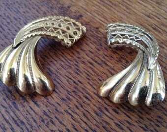 Gold tone Clip Ons - scallop and Lace