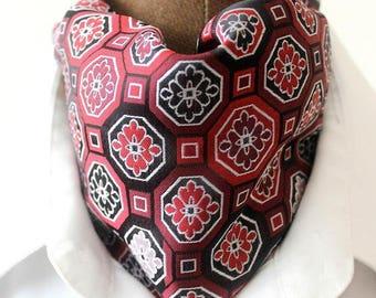 Ascot,red-dark red, woven silk, retro design