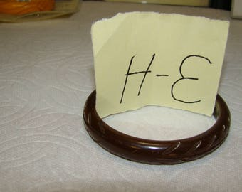 BB #3-H Carved Vintage Bakelite Bracelet