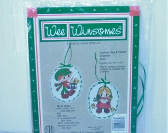 """Wee Winsomes counted cross stitch kit #2008 Drummer Boy & Caroler Ornaments 3.5"""" x 4.5"""" sealed Vintage 1984"""