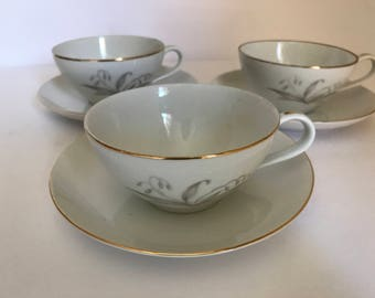 """Vintage set of (3) Tea Cups and Saucers  1961 Kaysons """"Golden Rhapsody""""   Wheat pattern Gold trim - Great  Condition"""