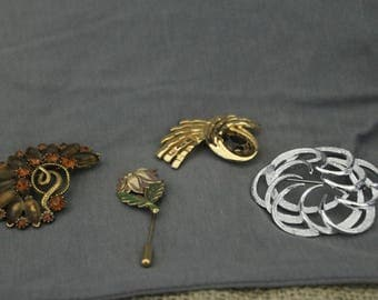 Vintage Pins Set of 4