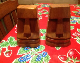 Vintage pair of wooden hand carved Easter Island tiki bookends