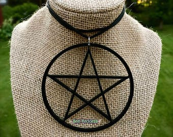 NüGoth Large Acrylic Pentacle Necklace: Lightweight & Goth. Witch, Wicca, Wiccan, Pagan, Magick, Occult, Baphomet, Petagram, Black Magick