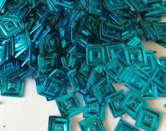 Square sequin metallic turquoise 6 mm in bulk