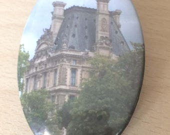 "magnets / Fridge Magnet: ""le Louvre"""