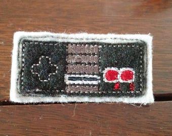 Felt Embroidered Pin - Gamer - NES Controller