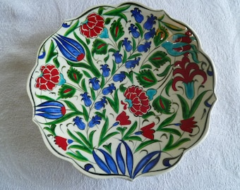 Salad Plate, Turkish ceramic plate, 7 inch plate, Iznik design plate, red and blue floral, side plate, desert plate, birthday gift, wall art