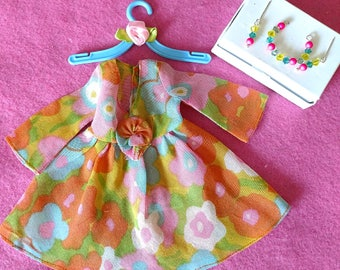 Vintage Barbie FLOWER WOWER #1453 With Matching Jewelry & Hanger MINT!