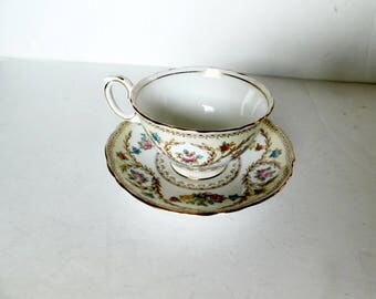 Crown Staffordshire F15744 multifloral laurels cup and saucer VGU