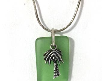 Green Sea Glass & Palm Tree Pendant Necklace 925 Sterling Silver gw18-003