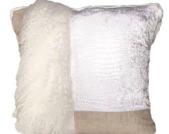 Pillow Throw & Tuck