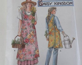 Simplicity Womens Sewing Pattern WRAP APRON 7481 Daisy Kingdom S m l xl uncut