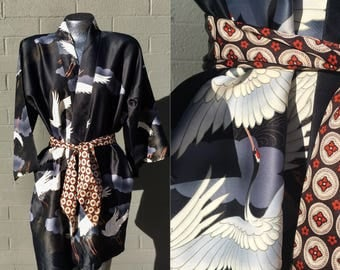Short Asian Robe with Cranes on it Black Chinese Gorgeous Japanese Lounge wear cover up pool festival Maruky