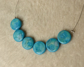 Short necklace / Choker / choker - Fimo / polymer clay - blue circles on wire
