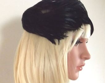 Vintage Black Feather Hat - Jille Original - 1940s - Casque Style Fitted Hat - Black Iridescent Feathers - Ladies Feather Hat