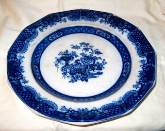 Antique Vintage Flow Blue Plate, Dinnerware, WAS 40.00 - 50% = 20.00