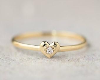14k gold heart diamond ring, tiny heart ring, dainty heart ring, tiny diamond ring, valentines day, rose gold, white gold, hea-r102-dia